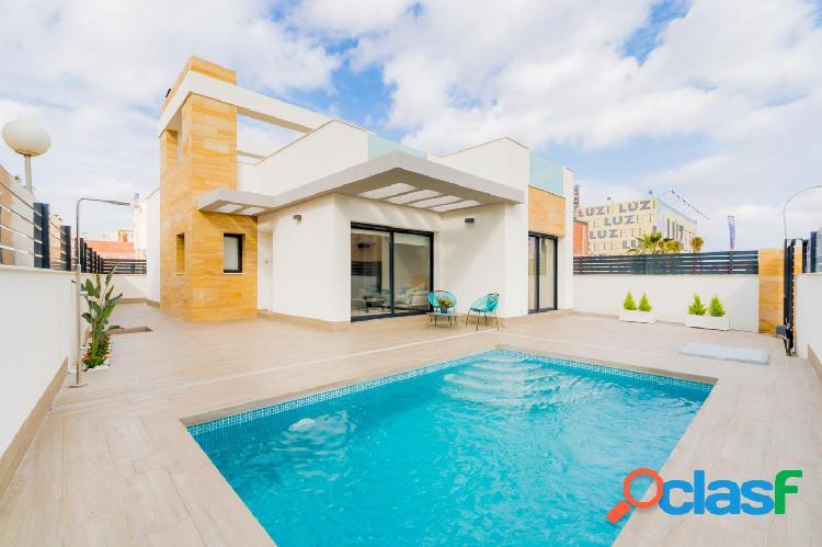 Villa con Piscina y Solarium