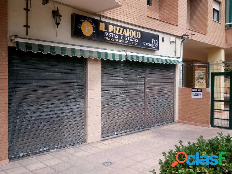 Local de hostelería, bar, restaurante, pizzería listo para