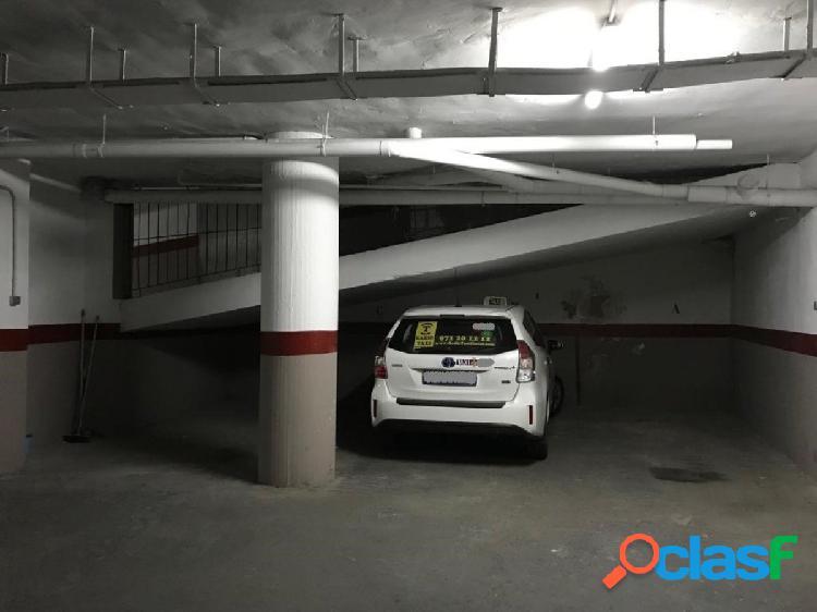 Parking para 2 Coches y 2 Motos
