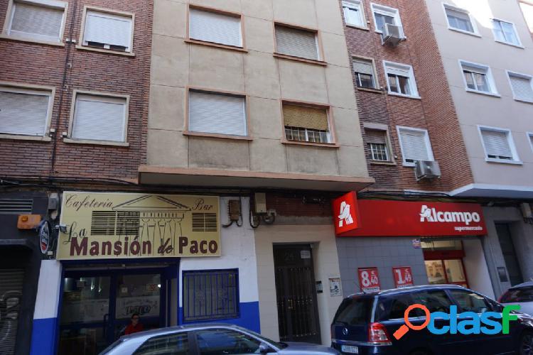 Se vende piso en Calle Sevilla 24 - Zaragoza