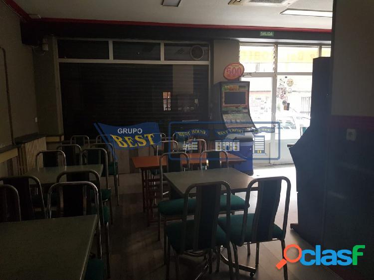 Bar en alquiler o venta en el barrio de El Ejido.