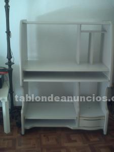 Práctico mueble de ordenador