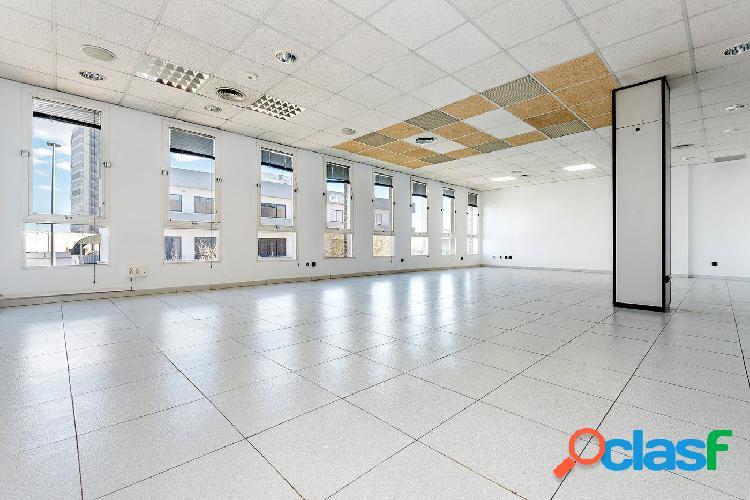 Se vende oficina en Son Castelló, Gran vía Asima -