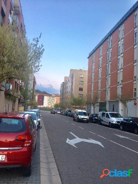 Fuentecillas - Burgos, piso de 4 habitaciones y dos baños