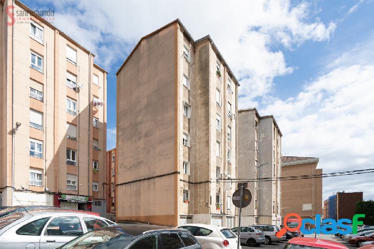 Piso de 2 dormitorios en venta en Santander