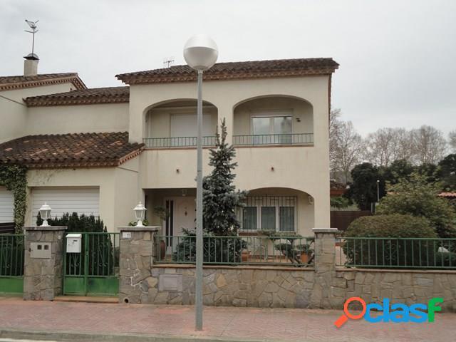 Sant Celoni /Palautordera: Casa a llogar, de 160 m2, amb
