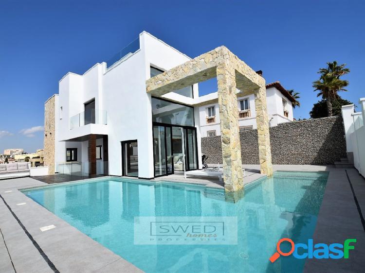 Villa de lujo con vistas al mar en Torre del Moro,