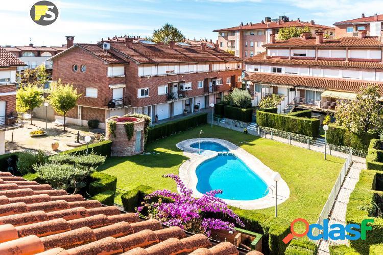 Casa en l'Eixample de Castellar del Vallès.