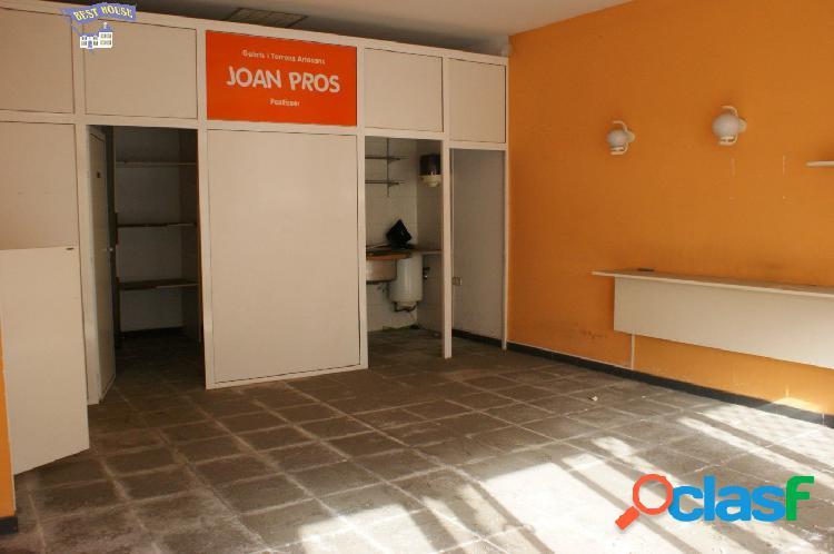 Local comercial de 60 m2 en la zona de Torreblanca,