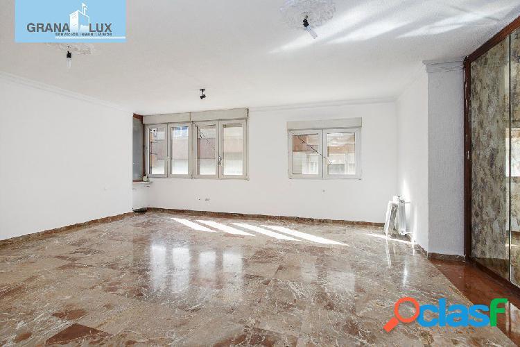Magnífico piso en una de las mejores zonas de Granada, en
