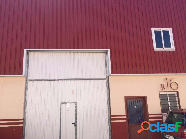 Nave industrial en venta en Cabanillas del Campo.