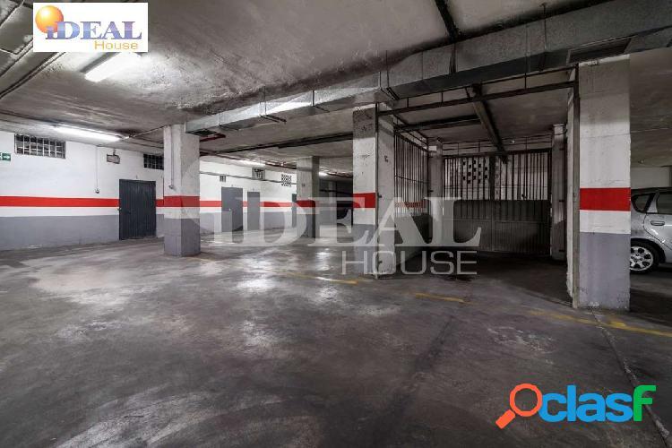 Ref: A4375J6. Plaza de garaje en venta, zona Camino de