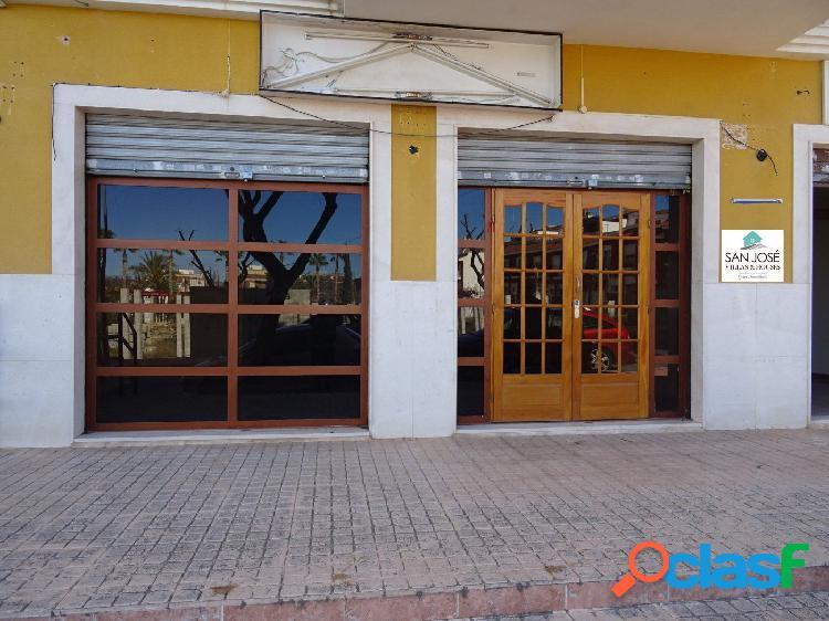 SE VENDEN LOCAL COMERCIAL EN LA ZONA DE LA NIA-COCA EN ASPE