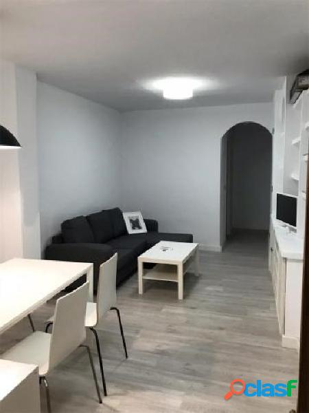 Se alquila piso reformado en Bª del Carmen