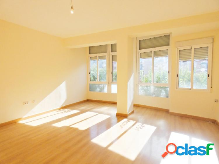 Se vende piso reformado en Santa Eulalia