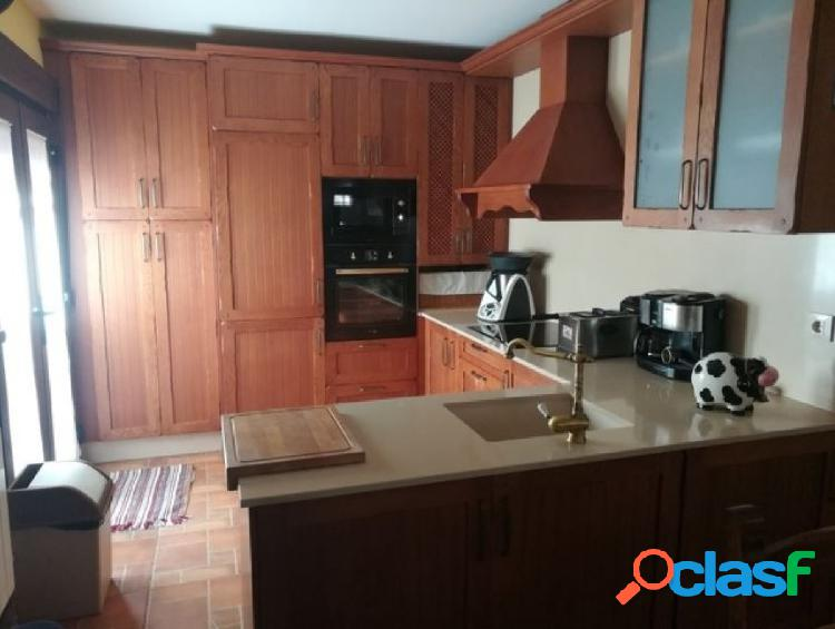 Urbis te ofrece una estupenda Casa en venta en zona Los