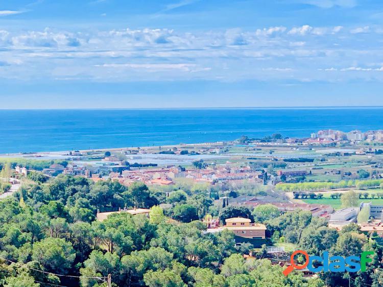 Villa moderna y de diseño con impresionantes vistas al mar,