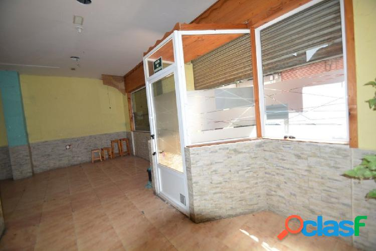 Alquiler local comercial en Orihuela zona centro cerca de