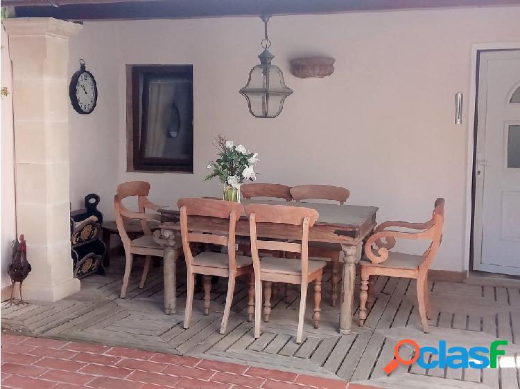 Casa de pueblo con patio en Colonia Sant Pere