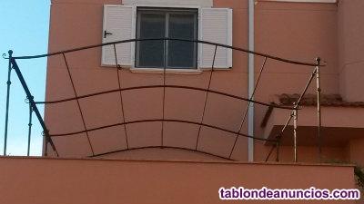 Estructura de hierro forjado para terraza o cenador
