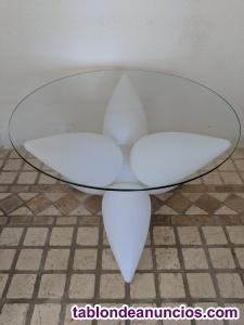 Mesa baja de cristal con base de luz