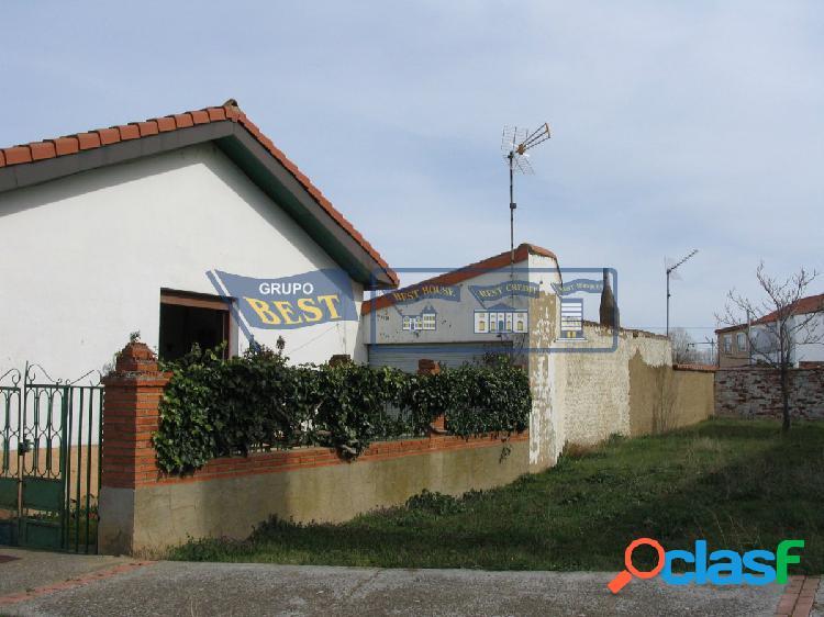 Casa de planta baja en Valdearcos.