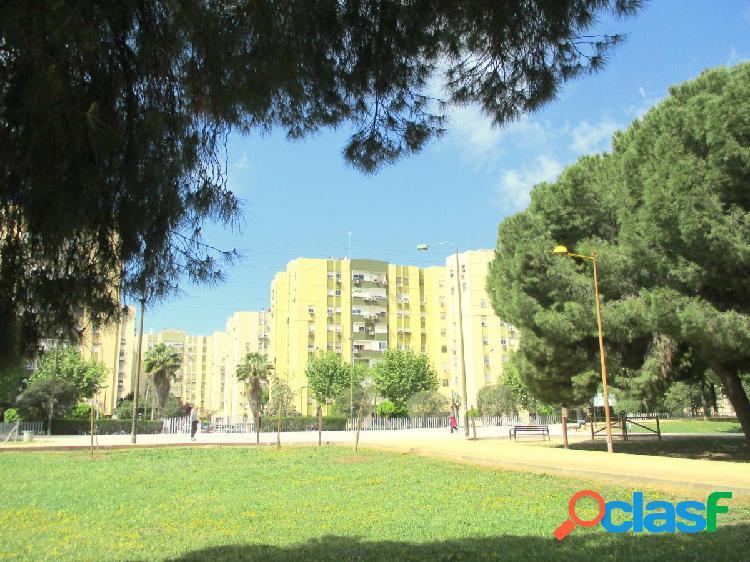PARQUE DE MIRAFLORES-LOS ARCOS. Vivienda con ascensor y 108