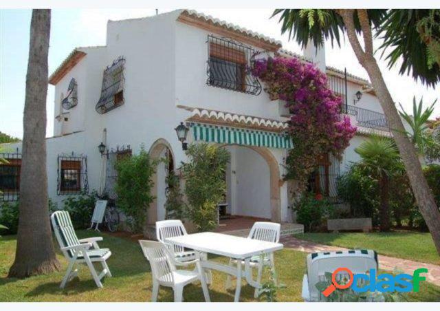 Adosada en Venta en Javea Alicante