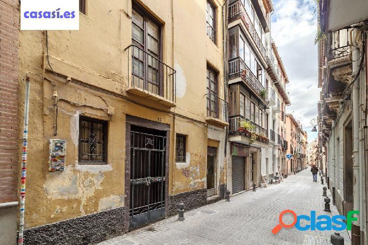 Casa Centro de Granada - junto Plaza de Mariana Pineda