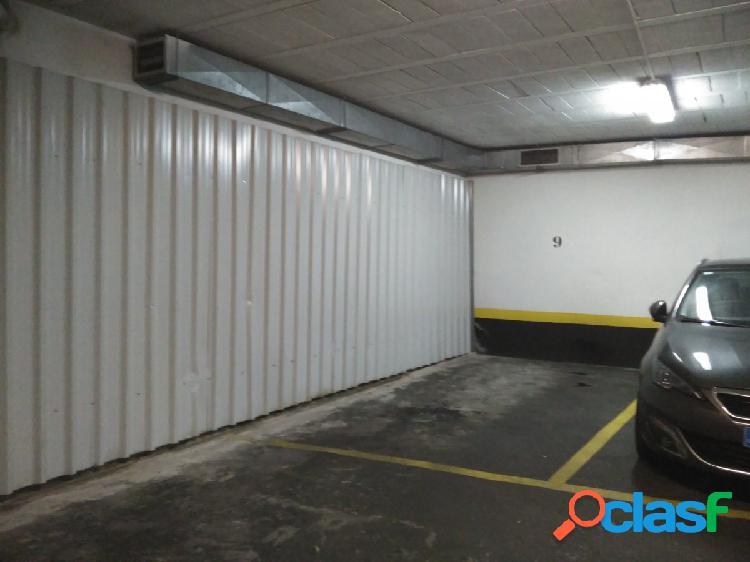 OPORTUNIDAD Parcela de garaje para coche grande en Rekalde