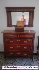 Conjunto de muebles antigüos