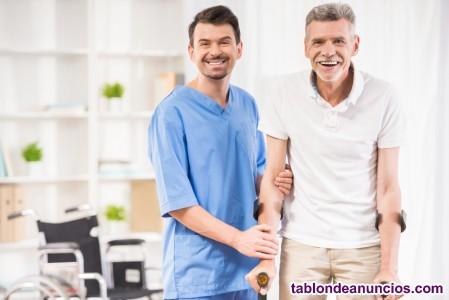 Acompañante o cuidador de personas dependientes