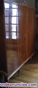 Armario dormitorio grande.