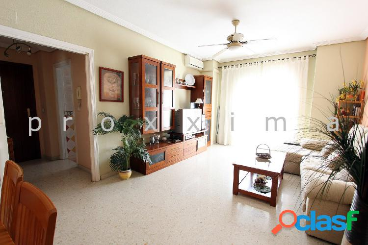 Estupendo piso de 3 dormitorios, 2 baños y con garaje