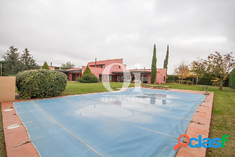 Fantástica casa en venta en Urb. privada junto al Golf de