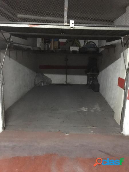Garaje cerrado en Avenida de Madrid