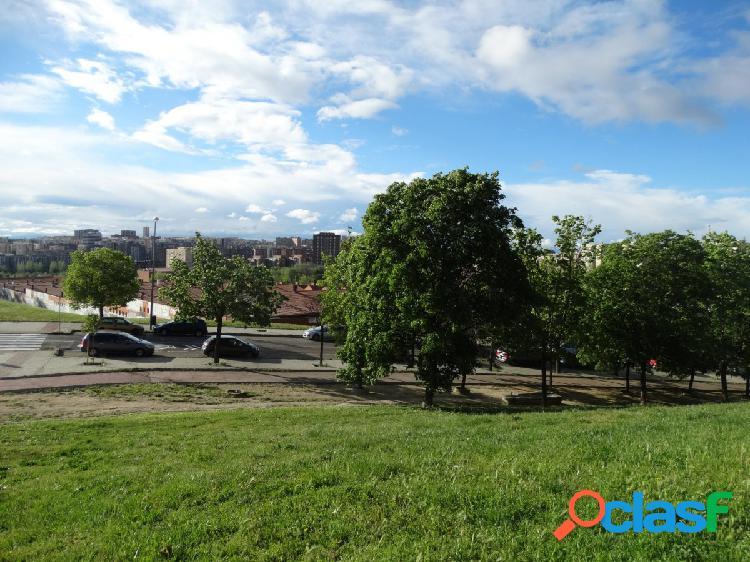 Look and find Vinateros Vende excelente local de 73 m2 en
