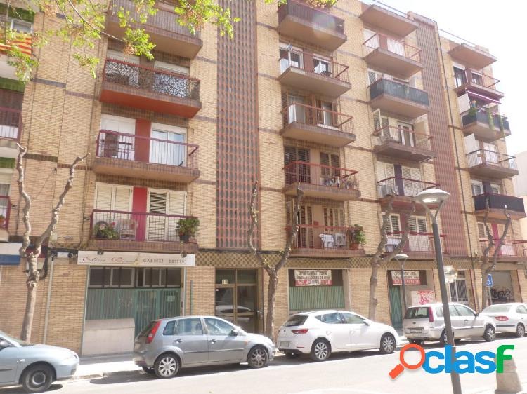 Piso a la venta en calle Pau Font de Rubinat - Reus