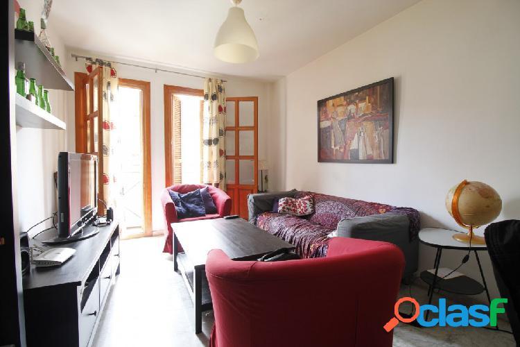 Ref: B5931. Bonito piso de 2 dormitorios en pleno centro de