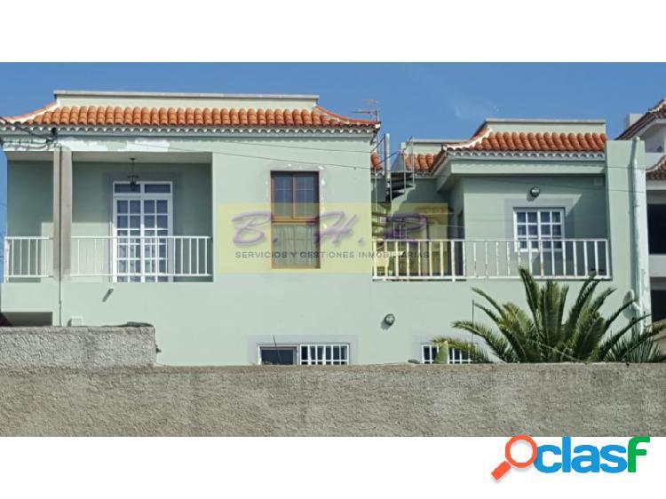 Se vende magnífica casa con apartamento