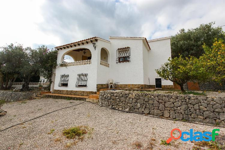Villa con vistas al mar en venta Orba