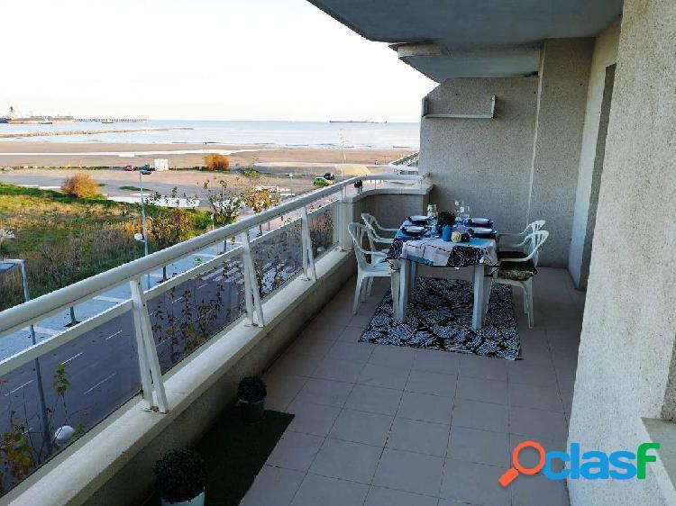 Fantástico piso con vistas al mar La-Pineda, piscina,