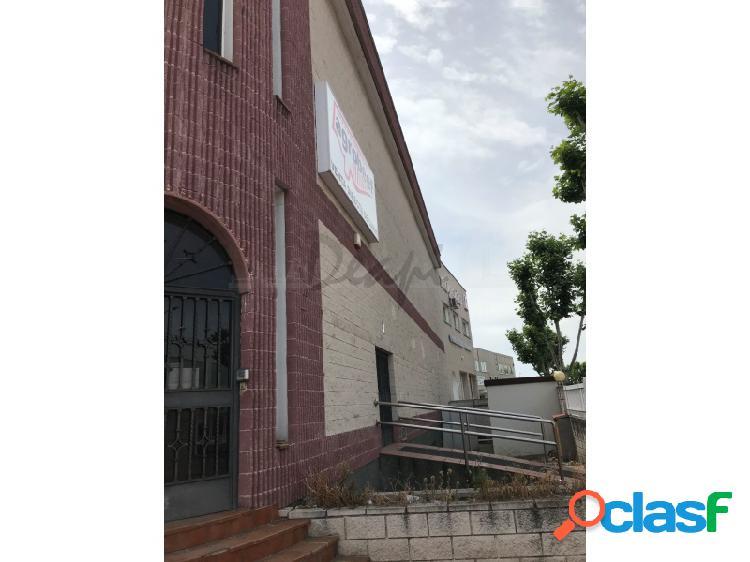 Se vende nave industrial a la entrada de Madrid