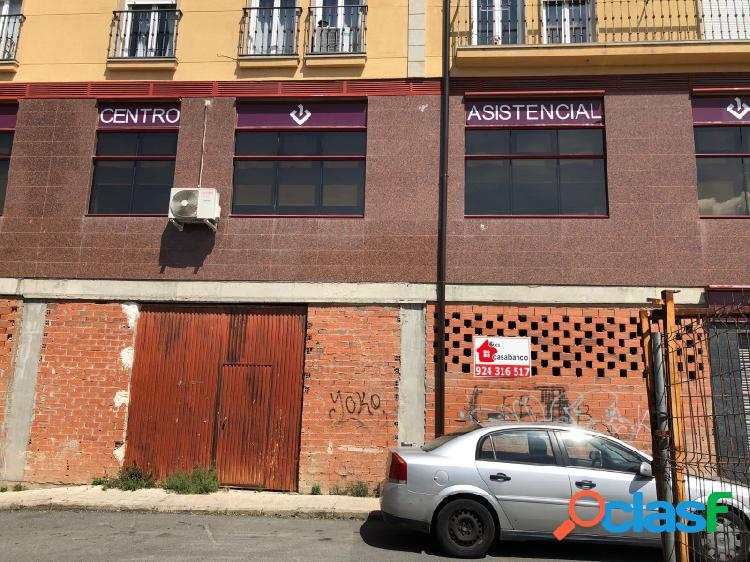 VENTA DE LOCAL COMERCIAL EN BRUTO EN PLASENCIA