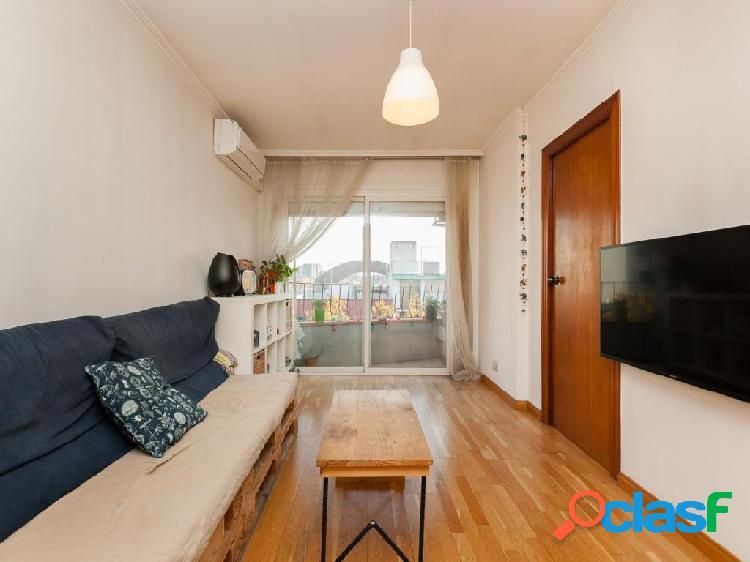 Acogedor piso de 3 habitaciones con mucha luz natural y en