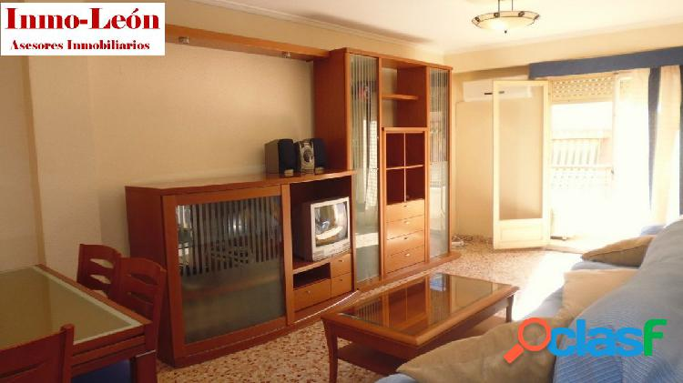 Alquiler Piso amueblado con ascensor Zona Poeta M.H.-Avda.