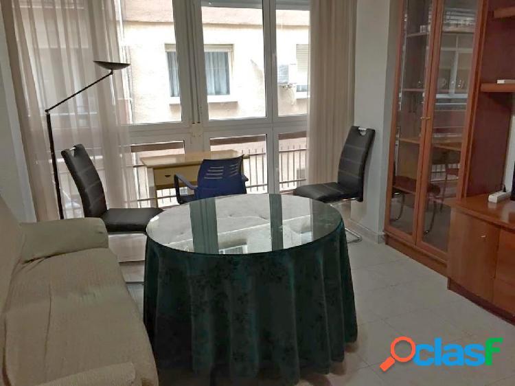 Alquiler de piso en Granada (Zona Plaza de Menorca)