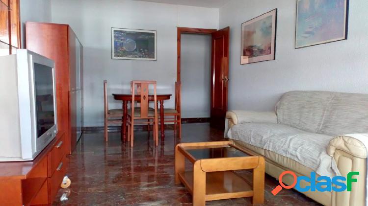 Alquiler de piso en Granada (Zona Ronda-Facultad de