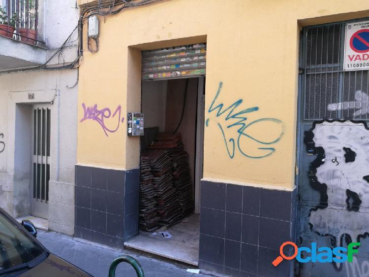 Local comercial en Madrid zona Carabanchel,