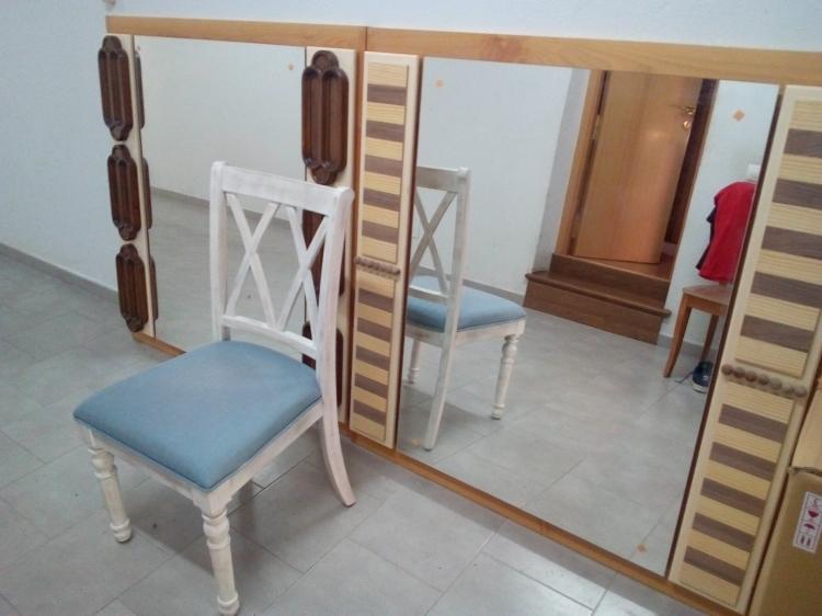 Lote de dos espejo 125x120 y una silla